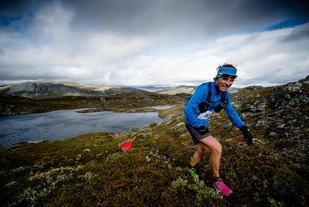 Vant: Ola Hovdenak kom på andreplass i fjorårets Trollheimen Fjellmaraton på tida 4.07.15, kun 2.20 bak vinneren Glenn Tore Løland. Foto: Enern/Martin Innerdal Dalen