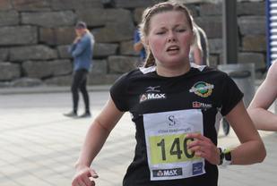 Silje Lindstad vant også det 6. løpet i karusellen hvor dette bildet er fra