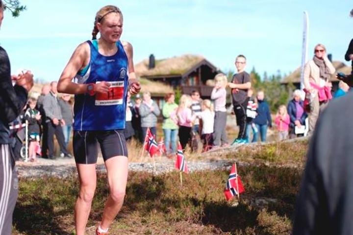 Mariann Roe fra Skarphedin var raskeste kvinne i fjorårets løp (Foto Morten Øen).