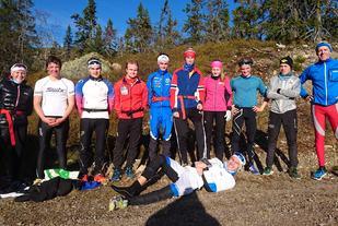 Deltakerne samlet etter onsdagens hardøkt. (Foto: Bjørn Burås)