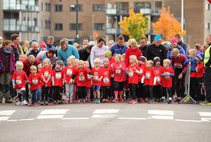 Nærmere 400 barn er forventa å delta i RE-MILA. (Foto: Roy Stranna)