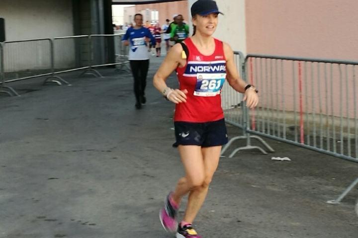Therese Falk lå på 10. plass halvveis i mesterskapet, det ble en glimrende 4. plass og norsk rekord (foto: Stig Andy Kvalheim).