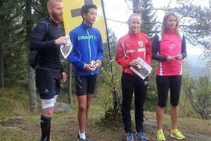 Klassevinnerne på toppen etter løpet (fra v.): Hans  Amund Solberg, Aleksander Haug, Tiril Kristine Knutsen og Silvia Holmseth. (Arrangørfoto)