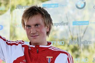 Sondre Nordstad Moen er en av fem løpere som kan bli kåra til månedens friidrettsutøver i november. (Foto: Bjørn Johannessen)