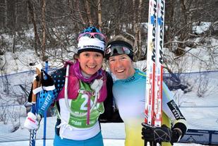 Nr.2 Sara Lindborg (t.v.) og vinner Astrid Øyre Slind. Foto: Lena Gavelin