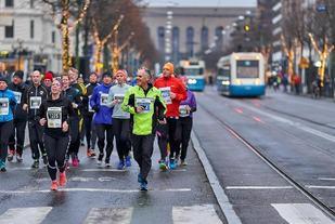 Løypa i Silvesterløpet går gjennom sentrale deler av Göteborg (Arrangørfoto).