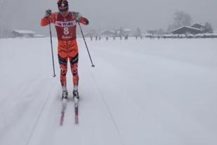 Anders Mølmen Høst i tet i Kaisewr Maximillian Lauf kl. 11:45