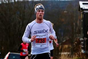 Glen Røisgprd er rask både med sykkel og løpesko. Bilder er fra Vinterkarusellen forrige vinter (foto: Bjørn Hytjanstorp).