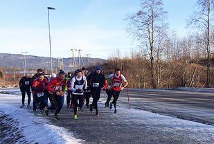 Første løp i årets vinterkarusell i Telemark hadde 26 deltakere. (Alle foto: Hege Roe)
