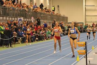 Sara Dorthea Jensen vinner kvinnenes 400 meter
