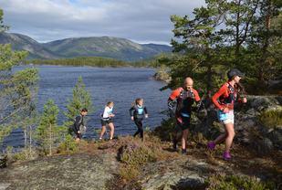Telemarks Tøffaste er ikke bare ultraløp. Her ser vi deltagere på halvmaraton i fjorårets konkurranse (arrangørfoto).