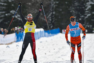 Tord Asle Gjerdalen slår Petter Eliassen på målstreken. Foto: Arrangøren