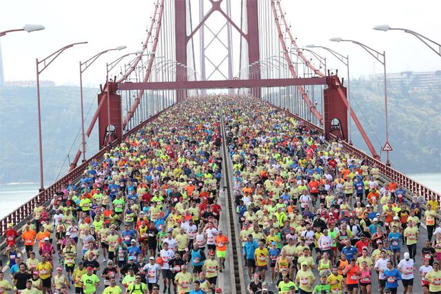 Lisboa_halvmaraton_starten.jpg