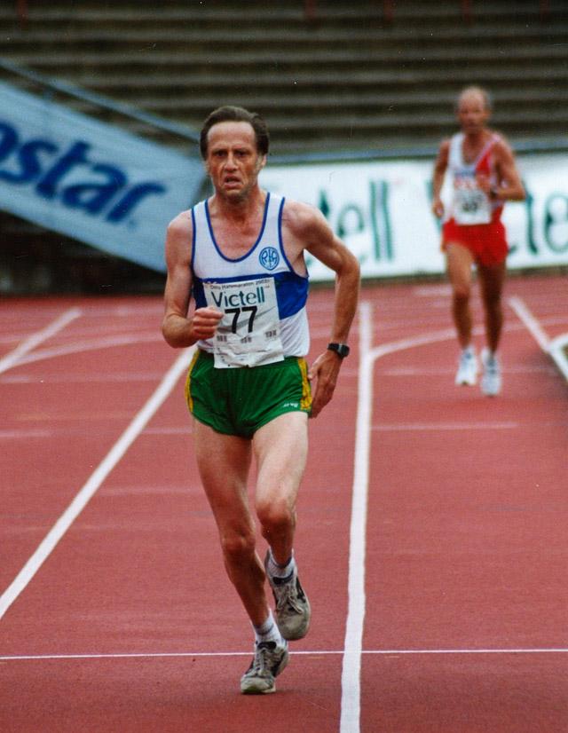 Øystein_Syversen_Oslo_halvmaraton_2002_Foto_Kjell_Vigestad.jpg