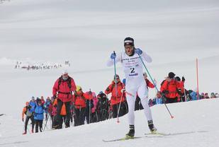 Martin Johnsrud Sundby var alene i tet fra Finse til Ustaoset i årets Skarverenn. (Arrangørfoto)