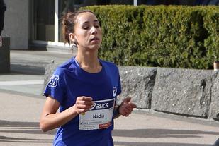 Nadia Hakouni viste gode takter under Sentrumsløpet der hun ble nummer sju med 35.51. Nå var hun like bak 10 minuttersgrensa på 3000 m. (Foto: Runar Gilberg)