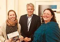 Fra venstre: prosjektleder Benedikte Narum Jenssen, DNBs Inge Kjetil Grini, og kultursjef Kjersti Krageberg