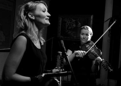 Sigrid Moldestad og Britt Pernille Frøholm