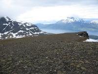 På toppen av Lifjellet med Løksetind i bakgrunnen
