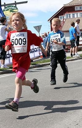 5009_knøtte_jenter_IMG_0171