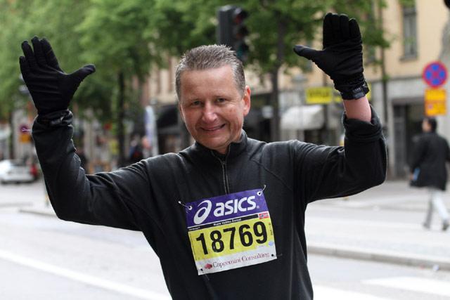 Rune Åsmot under Asics Stockholm maraton 2011
