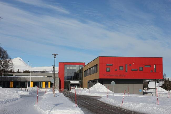 Storsteinnes skole