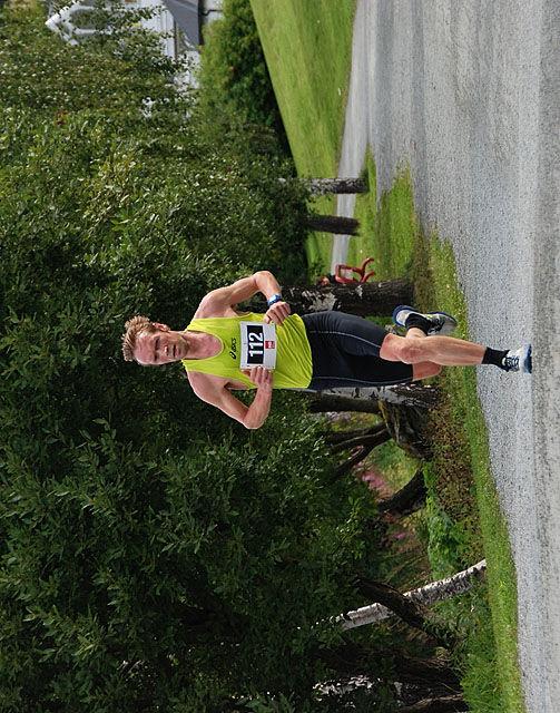 Arkivbilde: Helge Hafås i sin maraton nr. 200. Foto: Randi Wærnes