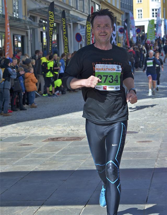 Hafsås rekord i Bergen City Marathon mens Mulugeta løp halv