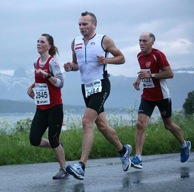 21km_etter_16km_Stine_Haustreis_Norbert_Kern_Gunnar_L_Pedersen_IMG_4392.jpg