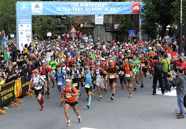 UTMB 201330/08/2013COURMAYEURDépart de la CCC© The North Face® Ultra-Trail du Mont-Blanc® - Michel Cottin