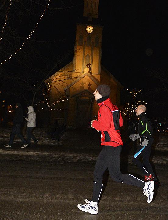 halvmaraton_D4N0410-kirken.jpg