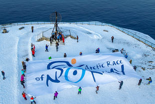 Ingress_hoey_Nordkapp_seil_Arctic_Race_Foto_ASO