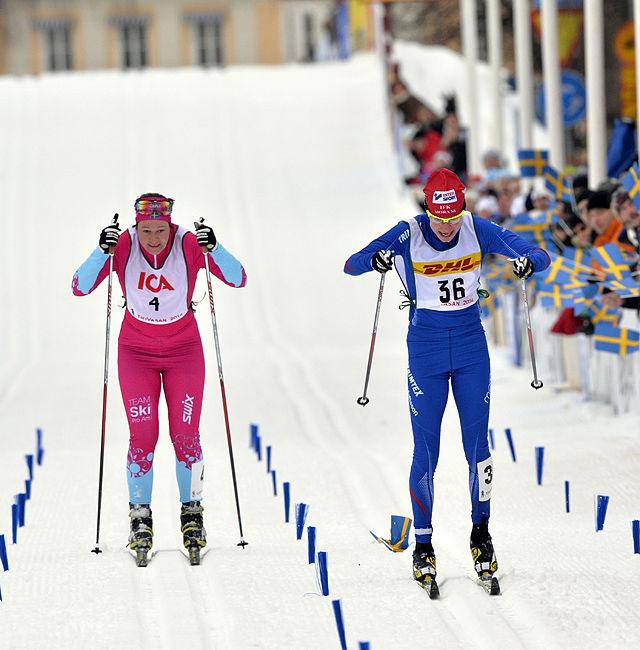 140222 Oxberg-MoraTjejVasanSofia Bleckur vinner TjejVasan före Britta Norgren JohanssonFoto Nisse Schmidt Nisse Schmidt