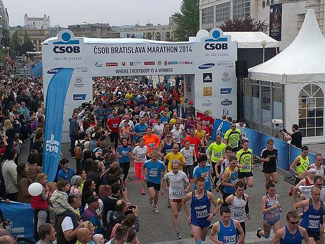 Bratslava_Marathon_start.jpg