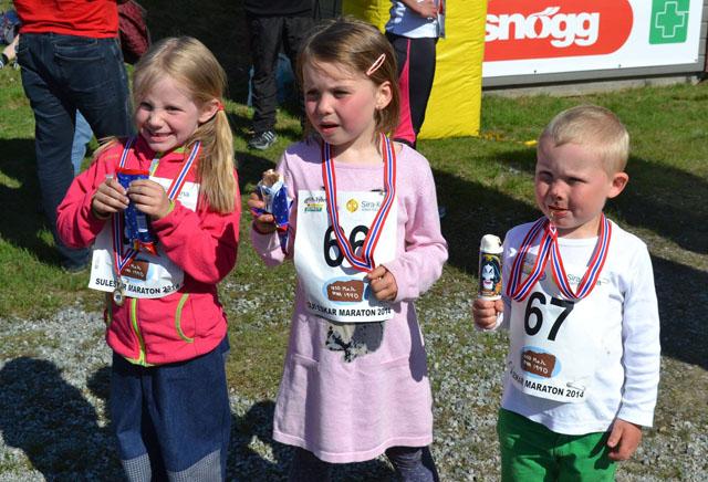 Minimaraton_3_glade_barn.jpg