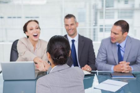 ledere som roser sine ansatte_450x299.jpg
