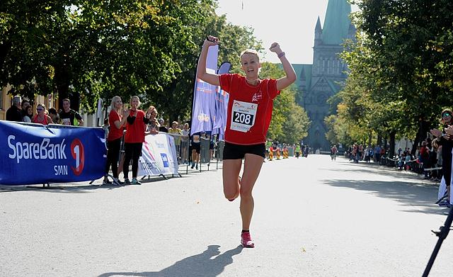 Maratonvinner_Maria_Venås_FJH_2685.jpg