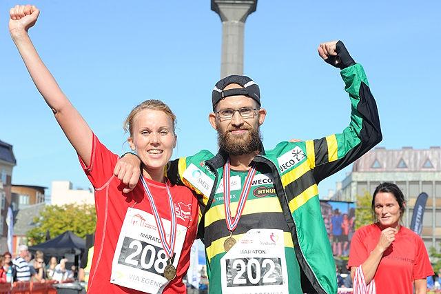 Maratonvinnerne_ Maria_Venås_o_Christian_Grønvold_FJH_2693