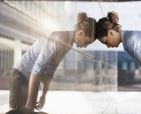 Kvinner som møter veggen_cropped_475x383.jpg