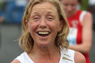 Med 18.43 fra Fornebuløpet har Synøve Brox så langt årets beste veteranresultat for kvinner på 5 km ifølge Veterantabellene (Foto: Kjell Vigestad).