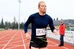 Skotske Paul Raistrick vant Jessheim VIntermaraton i fjor. Foto: Olav Engen