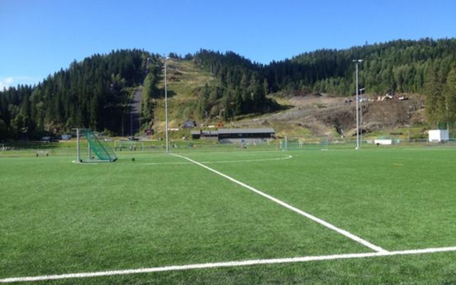 Marikollen idrettspark med ny kunstgressbane
