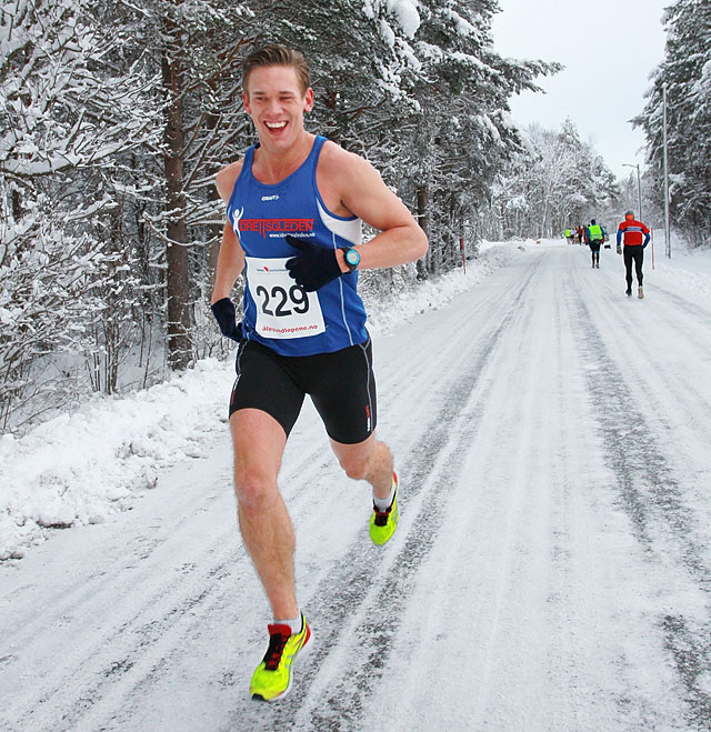 13km_Haakonsen_A20G0061.jpg