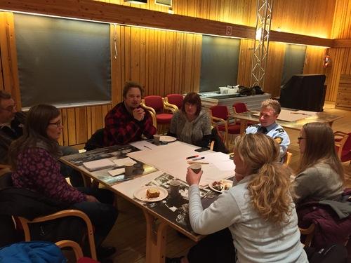 Engasjerte møtedeltakere (3).jpg