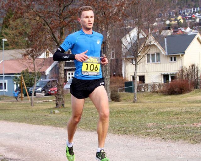 Andreas Myhre Sjurseth vinner Påskemaraton i fjor. Foto: Anita Øy