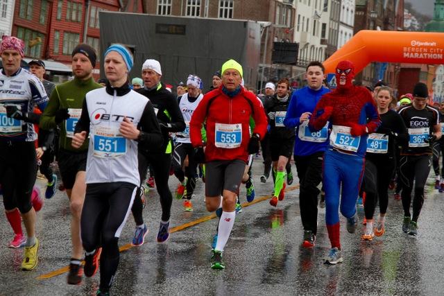 Start_maraton_kostyme