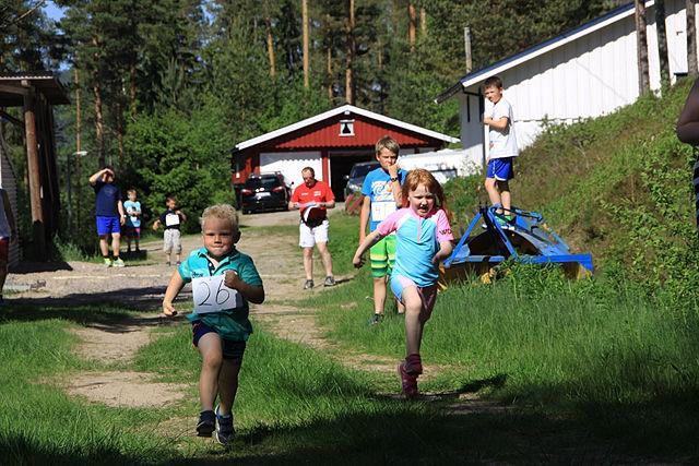 Finnskogkarusellen_barn