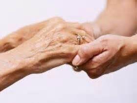 Unge og eldre hender