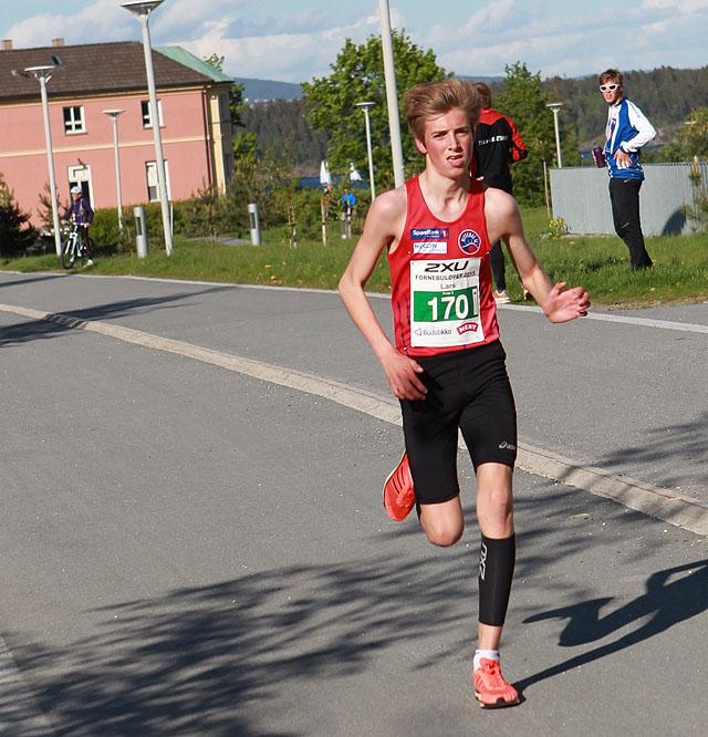 Lars_Agnar_Hjelmeset_raskest_3km_A20G3075.jpg