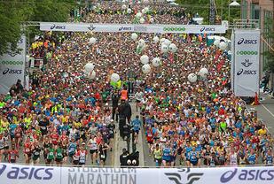 Med 12571 fullførende var Stockholm Marathon også i fjor det klart største nordiske maratonløpet (Arkivfoto).